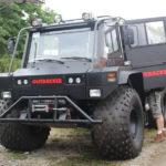 De Outbacker 6 × 6 offroad-voertuig