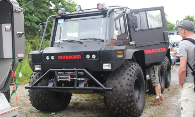 Outbacker 6 × 6 Offroad Vehicle