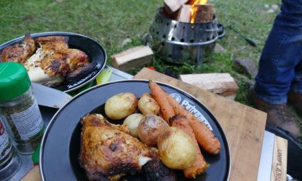 Petromax Atago Ateş Çukuru Üzerinde Tavuk Pişirme