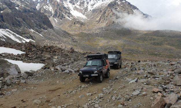 Anturiaethau Dros y Tir yn Kyrgyzstan